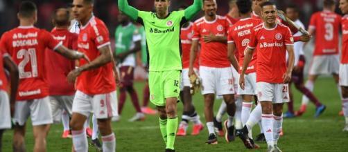 Jogadores do Inter comemoram classificação na Libertadores. (Reprodução/Ricardo Duarte/S.C Internacional)