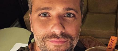 """Bruno Gagliasso é mais um que se rendeu ao vício de acompanhar o """"BBB20"""" (Reprodução/Instagram/@brunogagliasso)"""