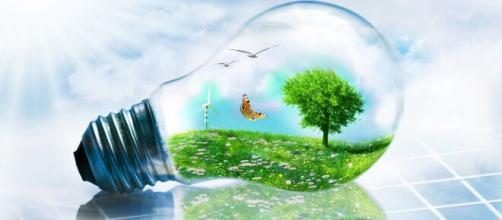 Dal 31 marzo parte su Facebook l'info-reality di Enea sul risparmio energetico.