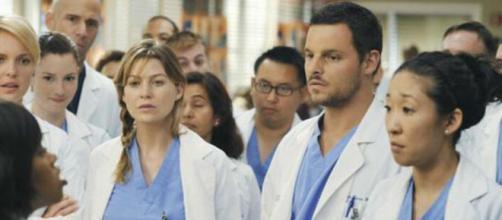 A atriz de Meredith Grey é uma das que se destaca na série. (Reprodução/Netflix)