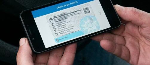 A partir de ahora, podremos llevar nuestro carnet de conducir en el teléfono móvil