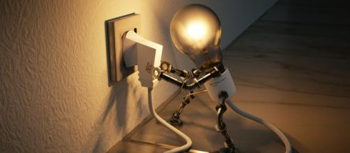 Bajar y optimizar el consumo del hogar es una práctica saludable para informporar. (Foto de Piqsels)