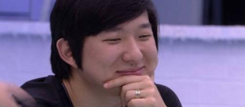 'BBB2O': Pyong Lee usa redes sociais para mostrar apoio a Manu Gavassi. (Reprodução/TV Globo)