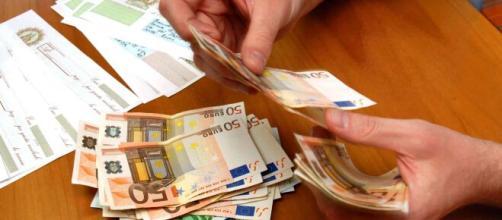 Nessun provvedimento in favore di chi riceve credito al consumo: il decreto Cura Italia non dispone nulla in merito.