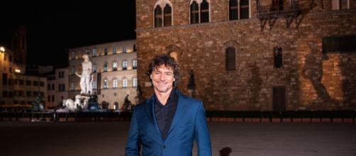 Stanotte a Firenze, Alberto Angela illustra al pubblico da casa le bellezze della Città del Giglio mercoledì 1 aprile su Rai 1.