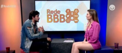 A apresentadora Fernanda Keulla revela precisar passar pano pro participante do 'BBB 20'. (Reprodução/Globo Play)