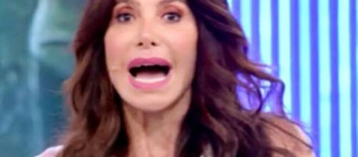 Carmen Di Pietro, showgirl e opinionista di Pomeriggio 5.