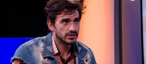 Guilherme revê gravações que realiza plano maligno para Mari Gonzalez. (Reprodução/ GShow)