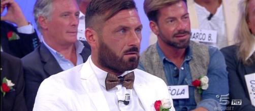 Sossio Aruta: scherzo notturno non gradito da Teresanna.