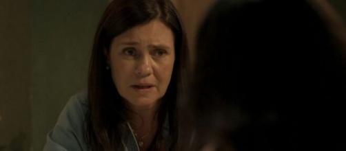 Thelma revelará que criou o filho da amiga em cena de 'Amor de Mãe'. (Reprodução/TV Globo)