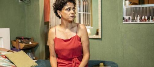A socialite Lídia ficará na casa de Lurdes em 'Amor de Mãe'. (Divulgação/TV Globo)