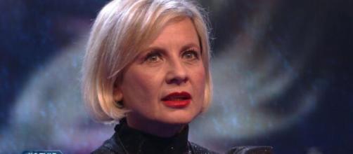 GFVip, Antonella Elia nel mirino di alcuni spettatori: 'In puntata non mostrano tutti i video su di lei'.