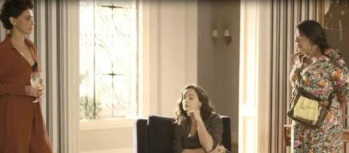Lurdes pede demissão do emprego na casa de Lídia em 'Amor de Mãe'. (Reprodução/TV Globo)