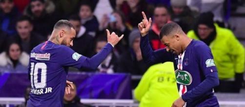 PSG : 5 choses à retenir sur la victoire contre Lyon. Credit : Instagram/neymarjr