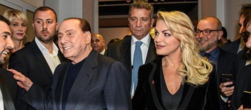 Silvio Berlusconi e Francesca Pascale si sono lasciati, FI: 'Non sono più una coppia'.