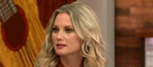 Jennifer Nettles talks about her personal and professional crusade for gender equality in country music on 'Today.' [Image source:TODAY/YouTube]