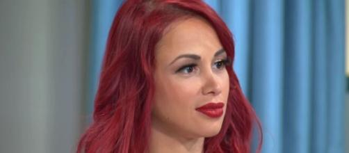 '90 Day Fiancé': Paola slams her haters in a Instagram video, shows her toned body. [Image Source: TLC UK/ YouTube]