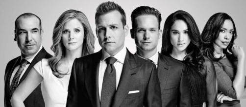 """A série """"Suits"""" está disponível na Netflix. (Reprodução/Netflix)"""