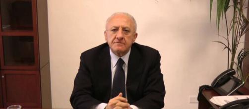 Coronavirus a Napoli: Vincenzo De Luca sospende il concorso per i i centri per l'impiego