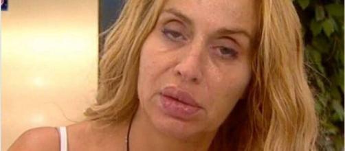 Valeria Marini vuole lasciare il GF Vip ma è uno scherzo.