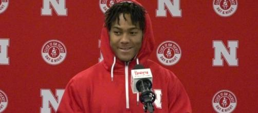 Wandale Robinson shed light on what happened to his season at Nebraska last year. [Image via Huskersonline/YouTube]