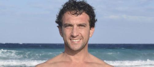 Antonio Pavón, evacuado de 'Supervivientes 2020' tras una lesión.