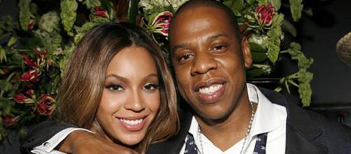 Beyoncé é mais nova do que seu marido Jay-Z. ( Arquivo Blasting News )