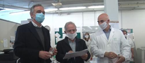 """Coronavirus, medici: """"Da Protezione Civile mascherine sbagliate"""" - controradio.it"""