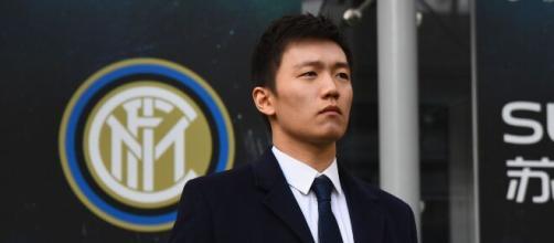 Inter, trattative interne per arrivare a un taglio di stipendi di calciatori e staff tecnico.