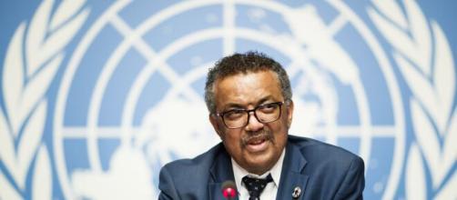 La OMS exhorta a apoyar a los países vulnerables, pues la pandemia es más que una crisis sanitaria