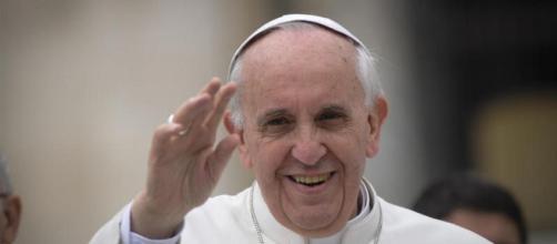 La Veglia Pasquale di Papa Francesco sabato 11 aprile in tv su Rai 1 e in streaming online su Raiplay - vita.it