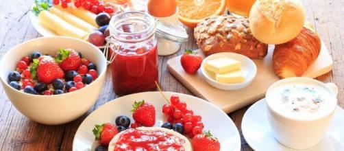 O que tomar no café da manhã. (Arquivo Blasting News)