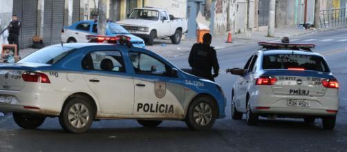 Suspeito morre ao tentar assaltar policial à paisana que trabalhava como motorista. (Arquivo Blasting News)