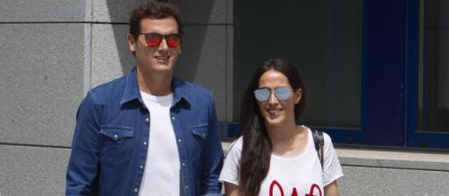 El político Albert Rivera y la cantante Malú esperan pronto a su hijo. - noticiascyl.com