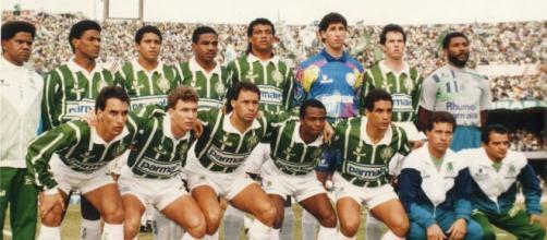 Palmeiras venceu o Corinthians na final e conquistou o título do Paulistão de 1993 (Foto: Arquivo Blasting News)