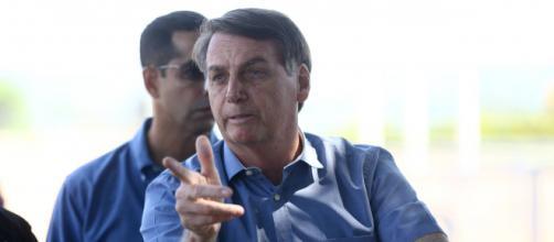 Bolsonaro se nega a comentar sobre entrevista de Mandetta. (Arquivo Blasting News).