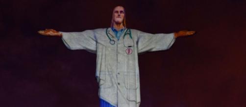Covid-19: Cristo redentor presta homenagem a profissionais da saúde. (Arquivo Blasting News)