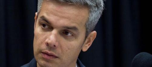 Otaviano Costa poderá voltar a ter programa exibido pela Globo. (Foto: Globo).