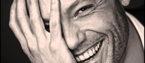 Tiziano Ferro criticato duramente dagli utenti dopo le sue dichiarazioni nella trasmissione di Fabio Fazio 'Che tempo che fa'