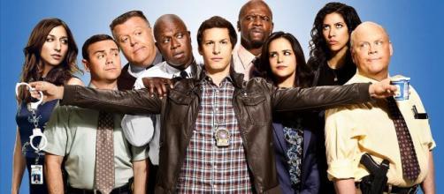 A comédia 'Brooklyn 99' chegou para ser um marco das sitcom, como 'Friends'. (Arquivo Blasting News)