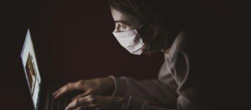Coronavirus: ansia e depressione potrebbero essere gli effetti del distanziamento sociale.