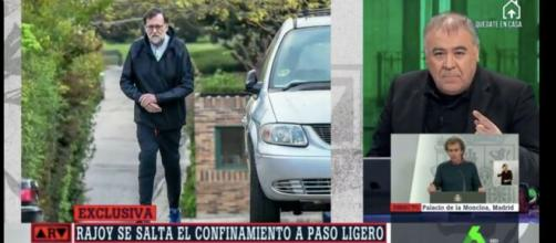 Ferreras mostrando las imágenes de Rajoy en 'Al rojo vivo'