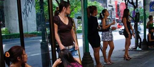 Las prostitutas son un sector que vive en completa indefensión