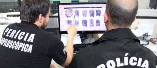Influenciador digital é indiciado pela Polícia Civil após prometer proteção contra vírus. (Arquivo Blasting News)