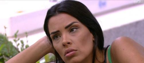 Ivy conversa sobre paredão com Mari. ( Reprodução/TV Globo )