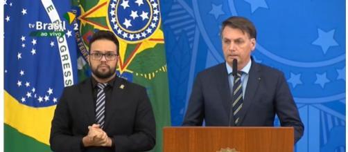 Saída de Mandetta foi anunciada na tarde desta quinta pelo presidente e também pelo próprio ex-ministro. (Arquivo Blasting News)