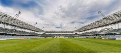 Serie A, una nuova ipotesi: si potrebbe giocare durante l'anno solare