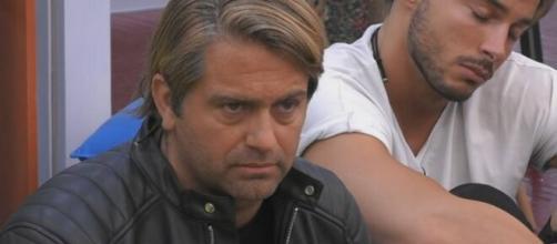 Patrick, ex GF Vip, su Antonella Elia: 'La psicologa mi ha detto che non sta bene'.