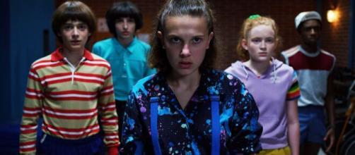 """Signos do zodíaco de 5 atores da série """"Stranger Things"""". (Reprodução/Netflix)"""