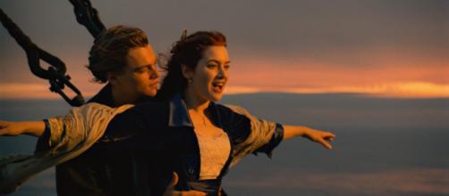 """Signos do zodíaco de 5 atores que fizeram parte do filme """"Titanic"""". ( Arquivo Blasting News )"""